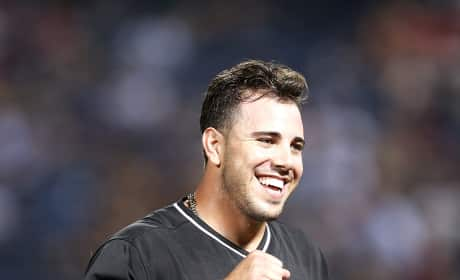 Jose Fernandez Learns He's Expecting a Daughter