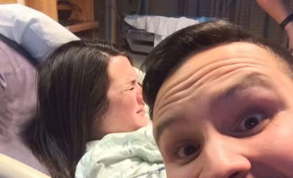 Husband Snaps Selfie While Wife Gives Birth