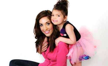 """Farrah Abraham Gets """"Mom"""" Tattoo to Honor ... Herself"""