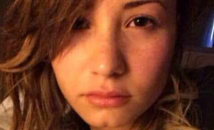 Demi Lovato: No Makeup Selfie Blows Up Instagram!