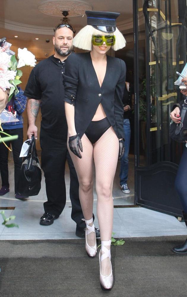 Pantsless Lady Gaga