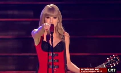 "Taylor Swift Turns ""Red,"" Turns Up the Sexy at CMT Awards"