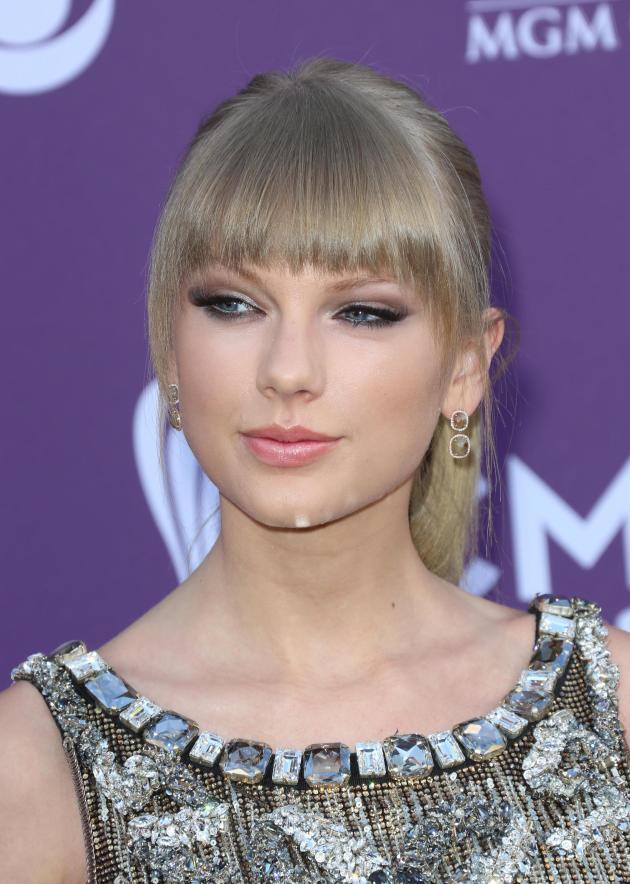 Taylor Swift at ACMs