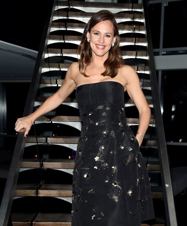 Jennifer Garner Looks Happy