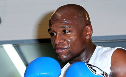 Floyd Mayweather to Pay Suge Knight's Bail If He Wins Pacquiao Fight?!