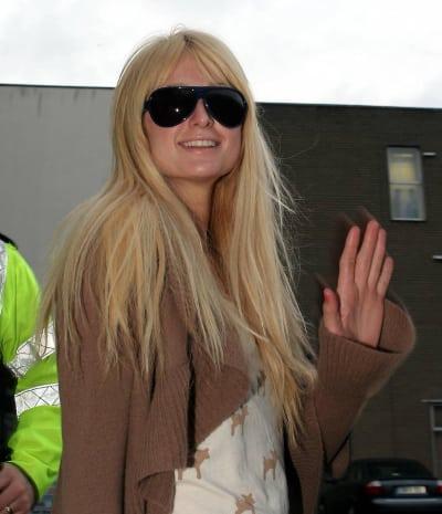 Paris Hilton Waves
