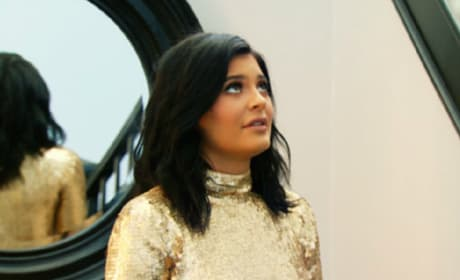 Kendall Jenner to Kylie Jenner: You're a F-cking B-tch!