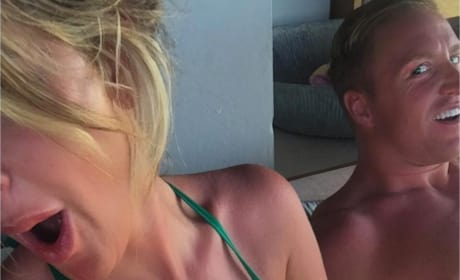 Kroy Biermann Grabs Kim Zolciak's Boob