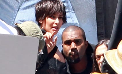 Kim Kardashian and Kanye West: Kissing!!!