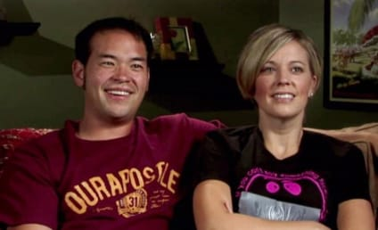 Kate Gosselin SLAMS Jon Gosselin, Defends Kids' Development in Blog Post