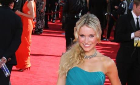 Katrina Bowden Pic