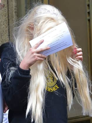 Amanda Bynes Covering Face