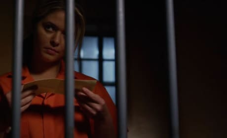 Pretty Little Liars Season 5 Episode 19 Promo