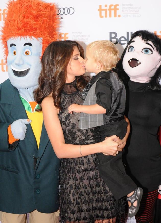 Selena Gomez Brings Little Biebers To Toronto Film