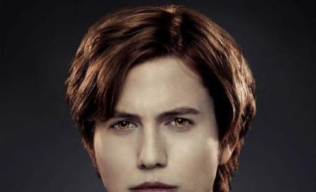 Jackson Rathbone as Jasper Hale