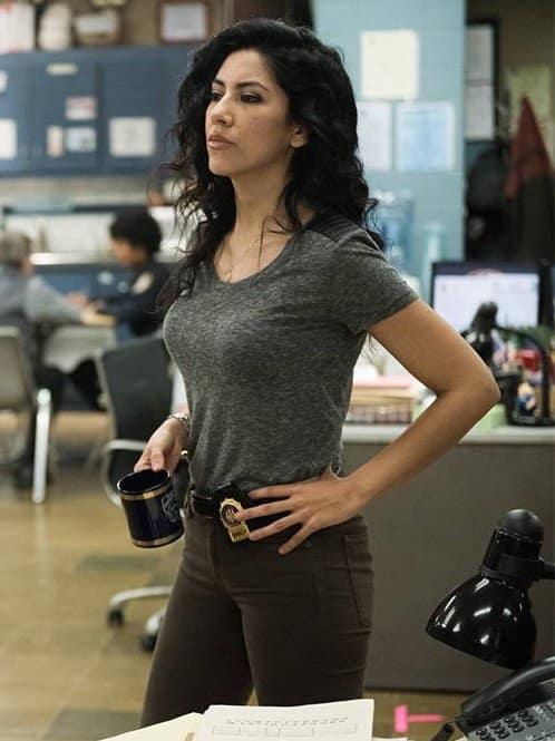 Stephanie Beatriz on Brooklyn Nine-Nines Second Life and