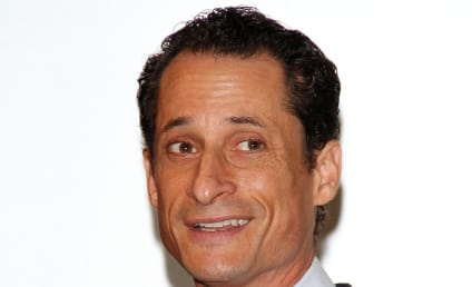 Anthony Weiner Turned on by Men, Yearned for Threesome, Ex-Online Mistress Claims