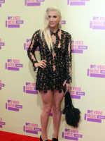 Ke$ha at the VMAs