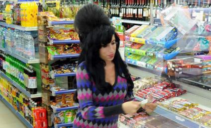 Blake Fielder-Civil, Amy Winehouse Get Married in Miami