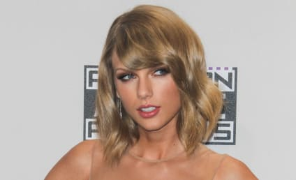 """Taylor Swift: Living on Coffee, Wine and Salads, """"Terrified"""" of Looking Fat, Tabloid Claims"""