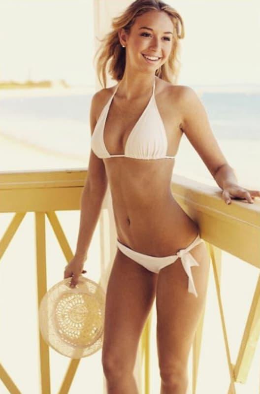 Corinne Olympios in a Bikini Picture