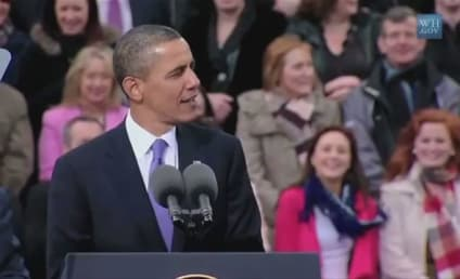 "President Obama Sings ""Sexy and I Know It"" ... Sort of"