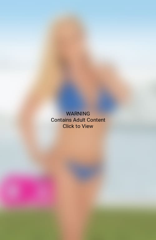 Kendra Wilkinson Bikini Photo