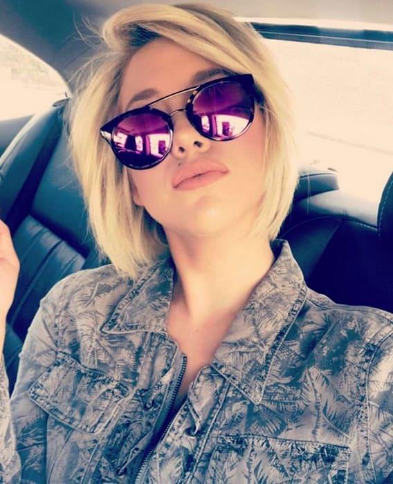 Savannah Chrisley, BIG Glasses