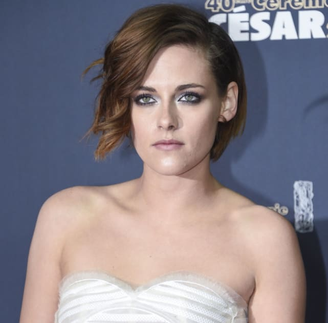 25 beautiful photos of kristen stewart the hollywood gossip kristen stewart all business looking beautiful voltagebd Image collections