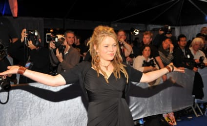 """Crystal Bowersox Confirms """"Moment of Doubt,"""" Near Idol Departure"""