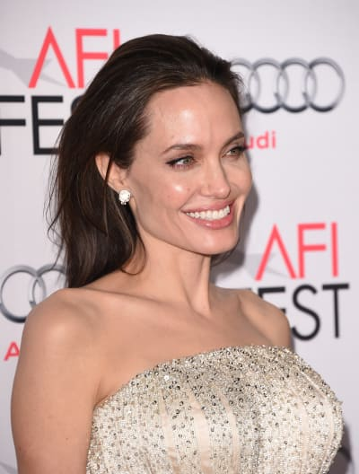 Angelina Jolie, All Smiles