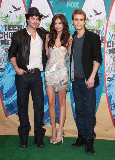 Vampire Diaries Threesome