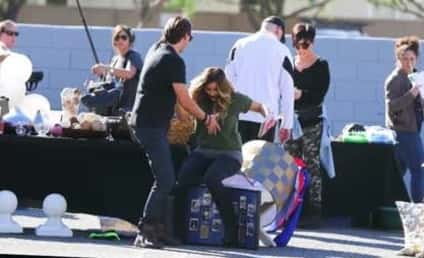 Kim Kardashian Falls at Yard Sale: HA!