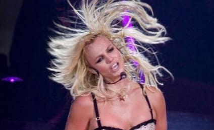 Britney Spears Kisses Jayden James, Shops For Cellphone
