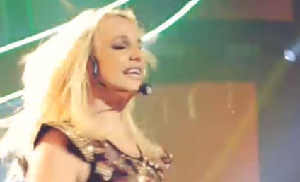 Britney Spears Lip-Syncing Video: Singer Busted AGAIN in Vegas!