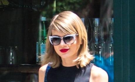 Taylor Swift Shorts Photo