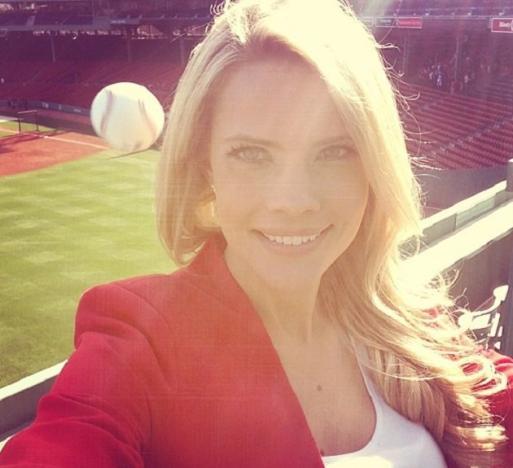 Kelly Nash Twit Pic