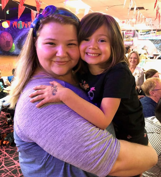 Nicole nafziger and daughter may may turns 6