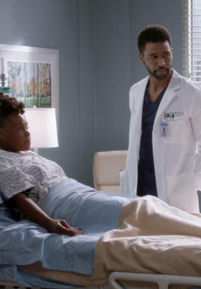 Winston et son patient sur Grey's Anatomy