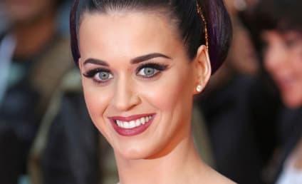 Katy Perry and John Mayer: Cuddling Alert!