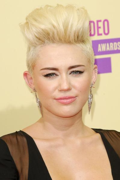 Miley Cyrus Blonde Hair Pic