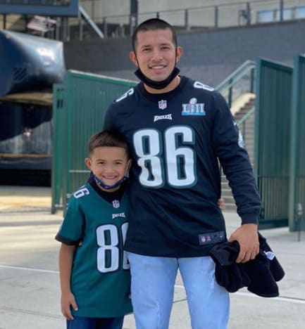 Javi Marroquin with Linc