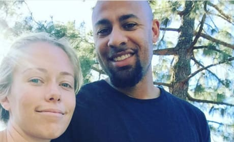Kendra Wilkinson-Baskett and Hank Baskett Pic