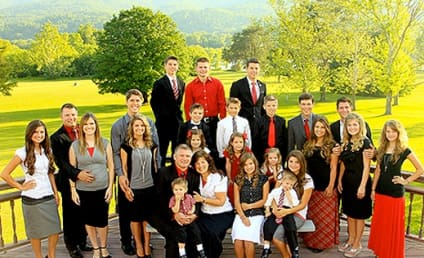 Bringing Up Bates Family Members: Praying For the Duggars!