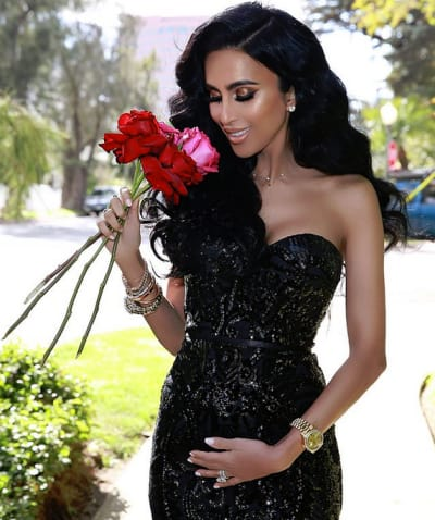 Lilly Ghalichi Pregnant with Flowers
