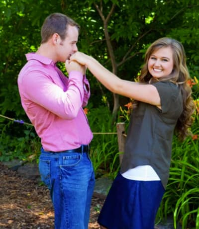 Happily married husband and wife: Joseph Duggar and Kendra Caldwell (kiss)