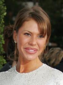 Nikki Cox: Bad Plastic Surgery