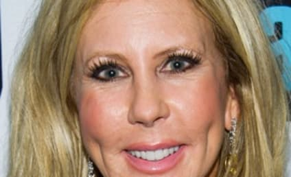 Vicki Gunvalson: Plastic Surgery Looks Great, Tamra Barney & Gretchen Rossi Are FAKE