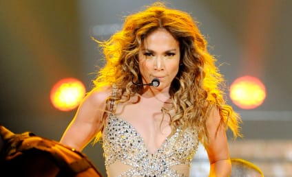 J. Lo Hotel Maid Incident: Star Denies Getting Woman Fired Over Autograph