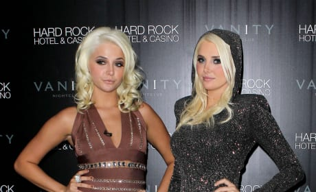 Kristina Shannon and Karissa Shannon Photo